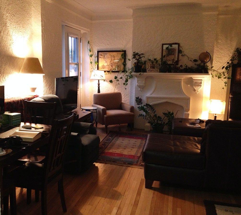Rue Du Frere Andre #10, Montréal, QC H3V 1 Bedroom