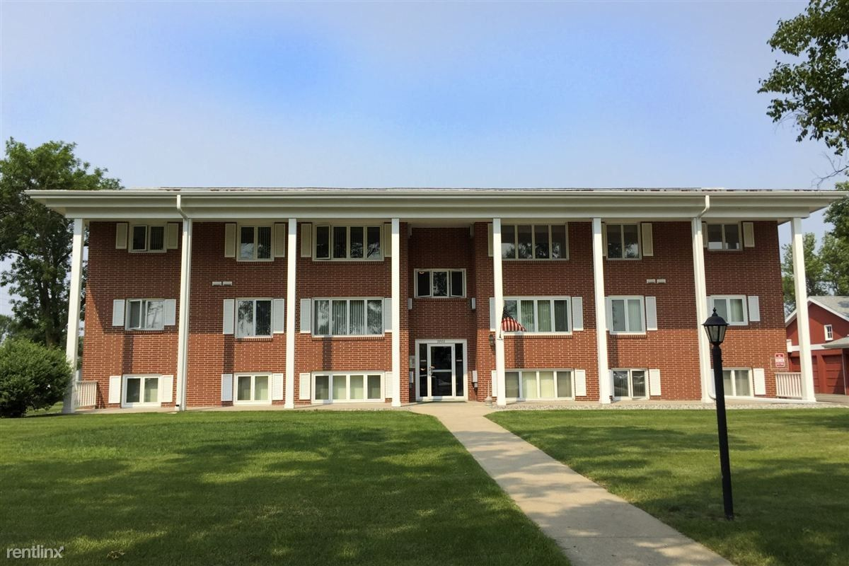 Holmstead Apartments 2801 2899 9th St N Fargo Nd 58102