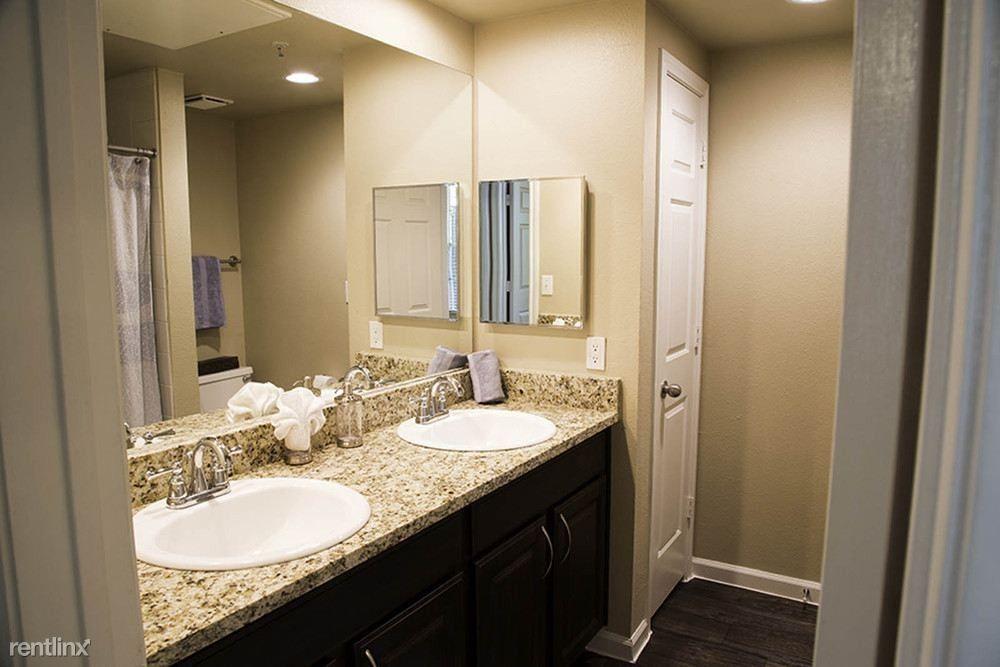 4200 Bridgeview Dr 622r Fort Worth Tx 76109 2 Bedroom