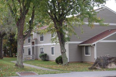 Ridgewood Village Apartments For Rent 400 Fairfax Rd Blacksburg