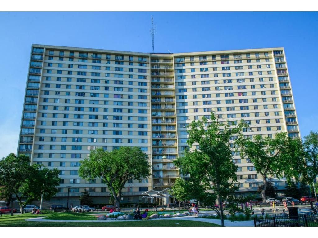 411 Cumberland Apartments for Rent in Downtown Winnipeg ...