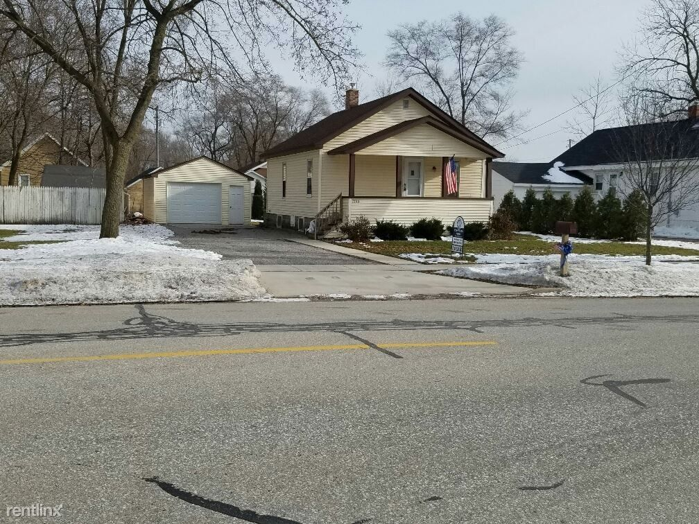 1322 Jefferson Ave Midland Mi 48640 3 Bedroom House For