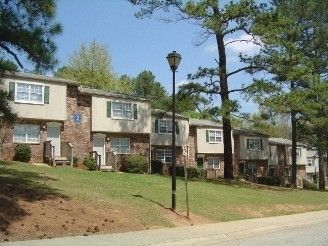 Highland Hills Apartments For Rent 420 Shenandoah Trail