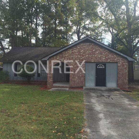 209 Bluebell Ave, Summerville, SC 29483 3 Bedroom