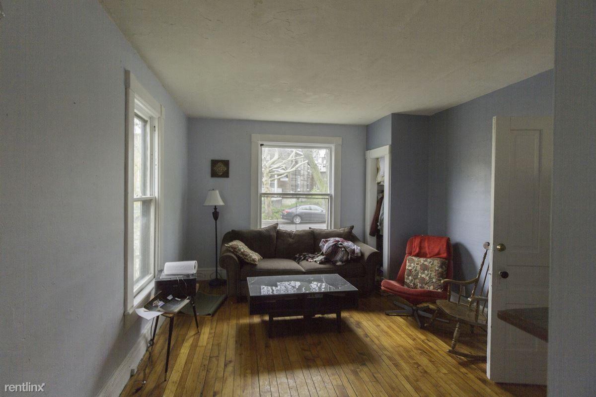213 Beakes St, Ann Arbor, MI 48104 - 4 Bedroom Apartment ...