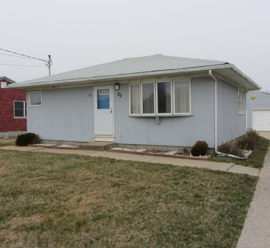 15 Ditch Plains Rd Montauk Ny 11954 2 Bedroom House For Rent For 25 000 Month Zumper