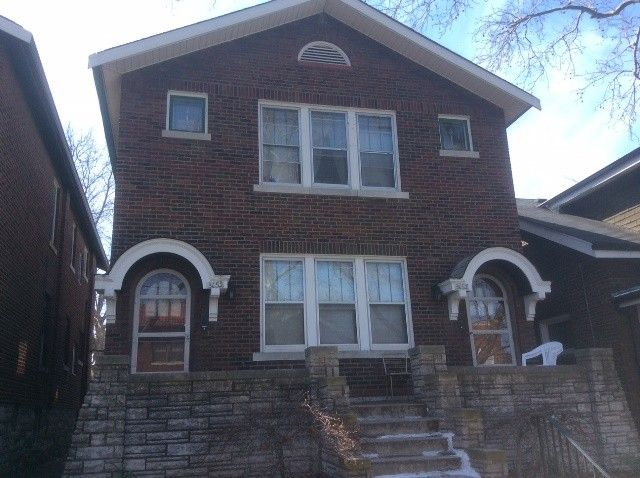 3652 Dunnica Ave, St. Louis, MO 63116 2 Bedroom Apartment ...
