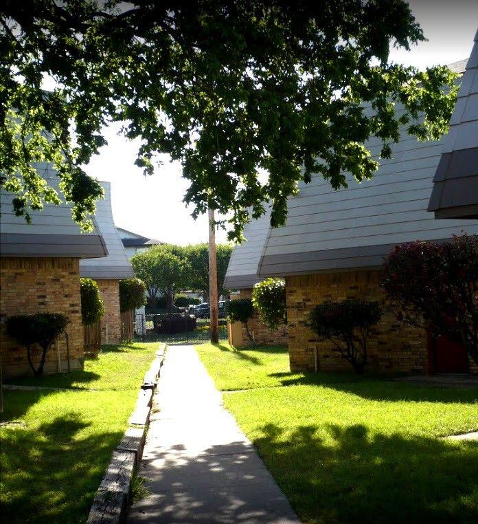 Las Lomas Apartments For Rent
