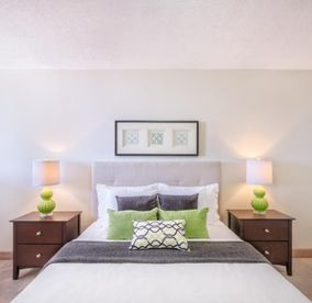 Peachy 245 Pet Friendly Apartments For Rent In Brampton On Zumper Home Interior And Landscaping Eliaenasavecom