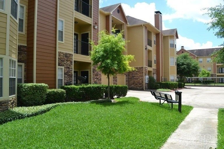 Residence At Westchase Apartments For Rent 3411 Walnut