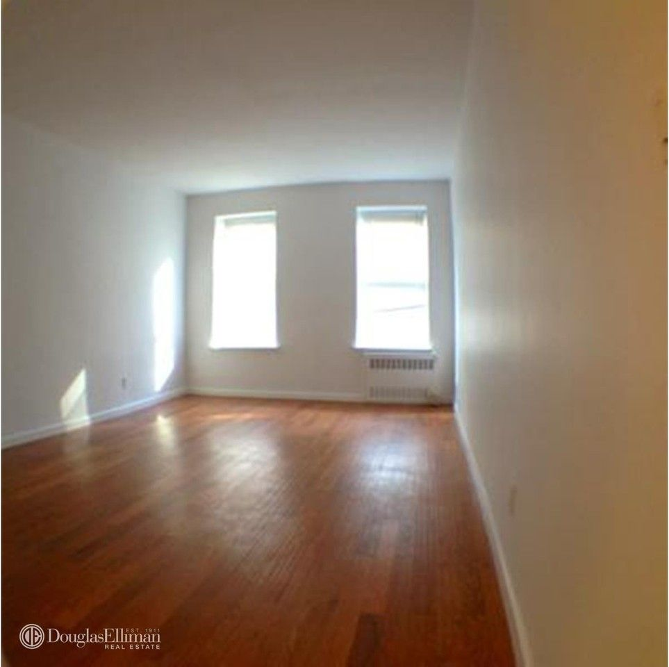 427 E 80th St #4A, New York, NY 10075 Studio Apartment For