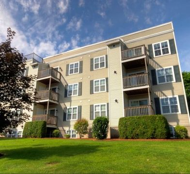 CARLTON PLACE Apartments for Rent - 39 Carl Place, Lowell ...