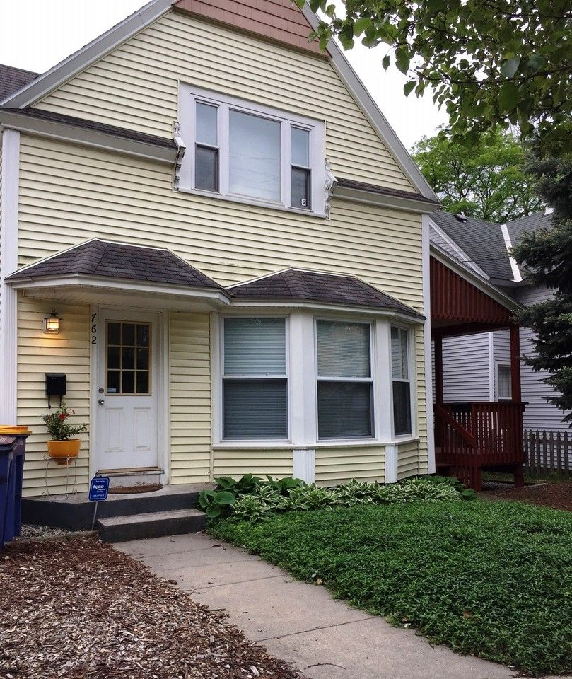 760 Fulton Street East, Grand Rapids, MI 49503 3 Bedroom