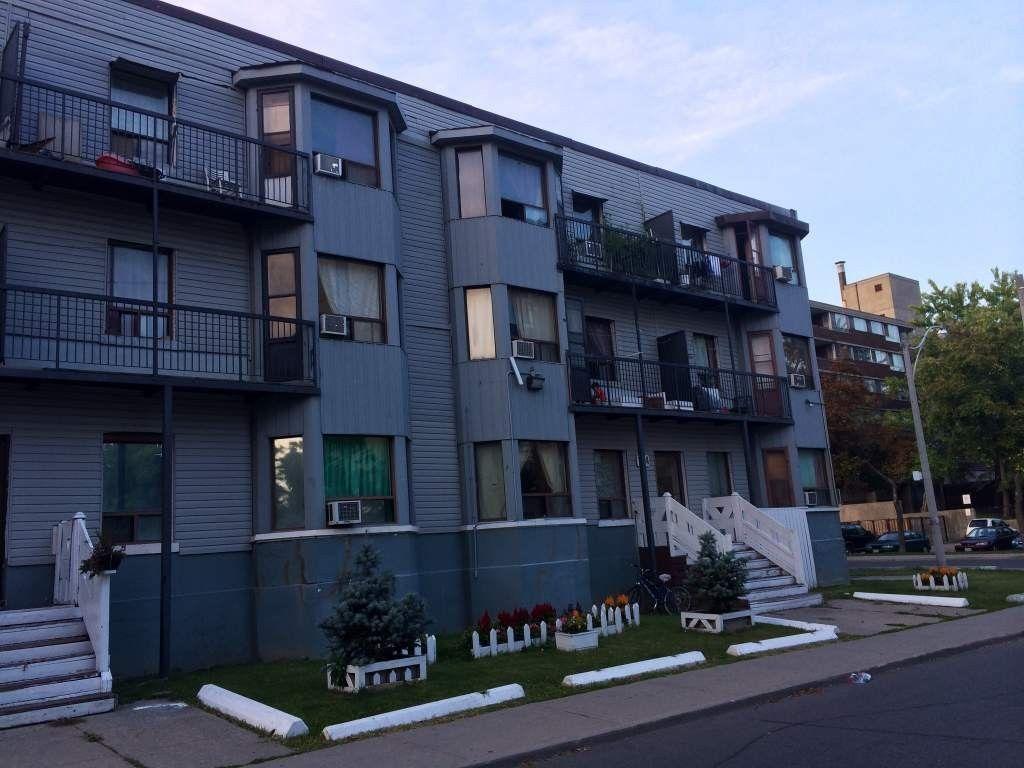 Grange Apartments - 168 164-168 Grange Avenue, Toronto, ON ...