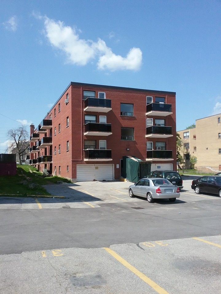 2340 Park Towers Avenue, Mississauga, ON L5A 1P9 1 Bedroom ...