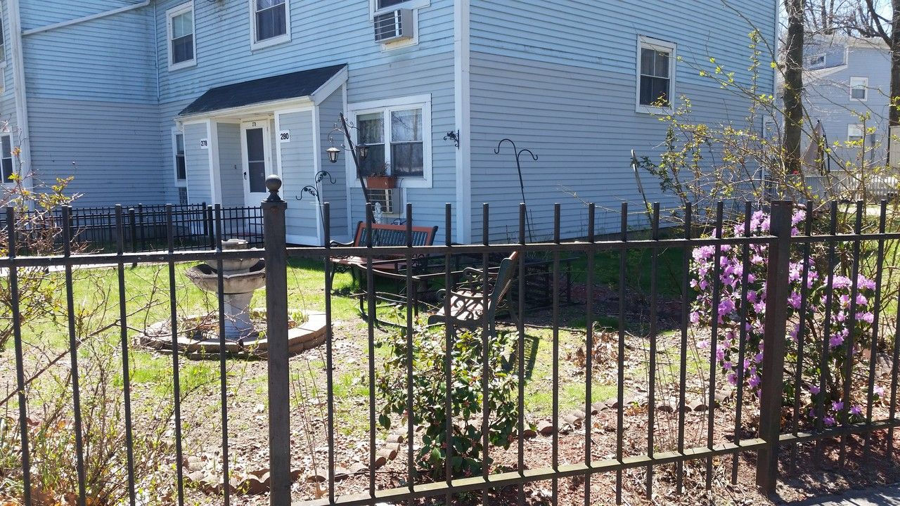 101 Lowell #4br, Springfield, MA 01107 4 Bedroom House for ...