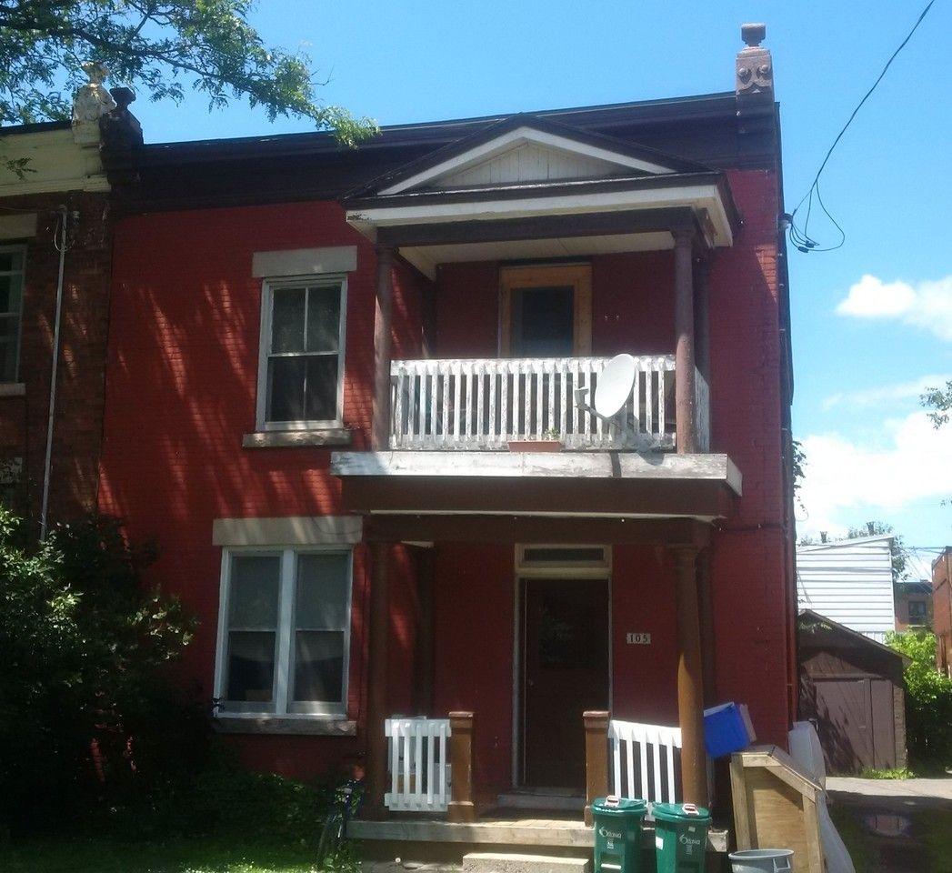 105 Guigues Avenue #3, Ottawa, ON K1N 5H8 Studio Apartment