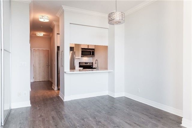 8 Scollard Street Ph 206 Toronto On M5r 1e9 1 Bedroom Apartment For Rent For 1 950 Month Zumper
