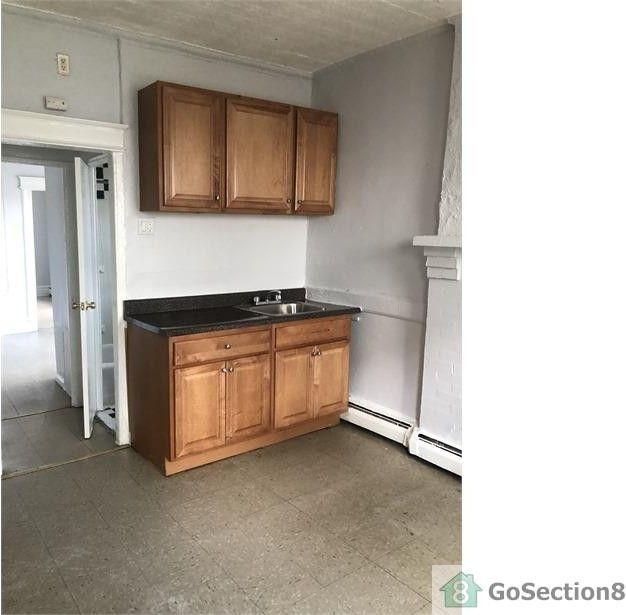 447 N 5th St #1B, Newark, NJ 07107 1 Bedroom Apartment For