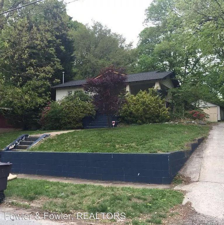 1620 N Hamilton St, High Point, NC 27262 3 Bedroom House