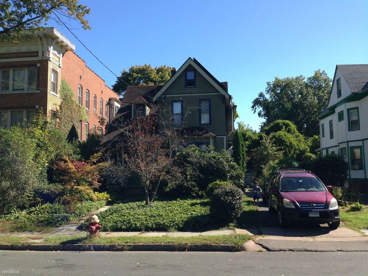 50 Oxford St, Hartford, CT 06105 3 Bedroom House for Rent ...