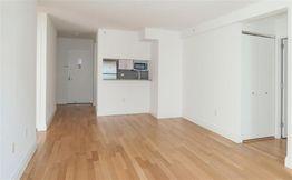 East 44th Street & Lexington Avenue, New York, NY 10017 2 Bedroom