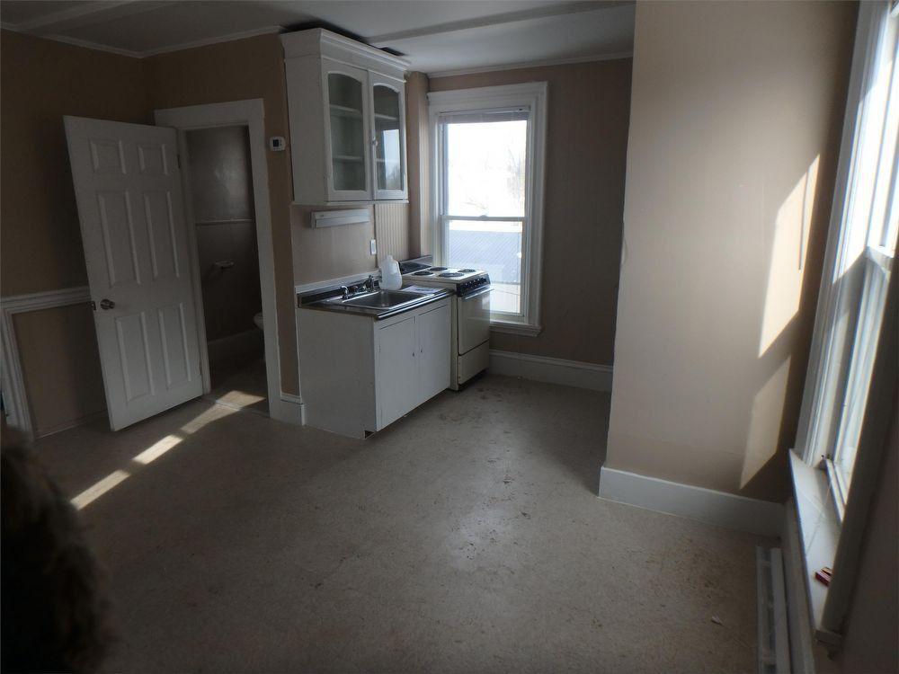 17 Pleasant St, Auburn, ME 04210 Studio Apartment for Rent ...