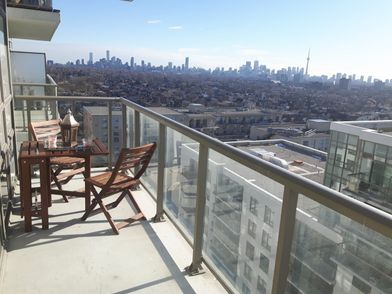 816 Lansdowne Avenue, Toronto, ON M6H 4K6 - 2 Bedroom Apartment for