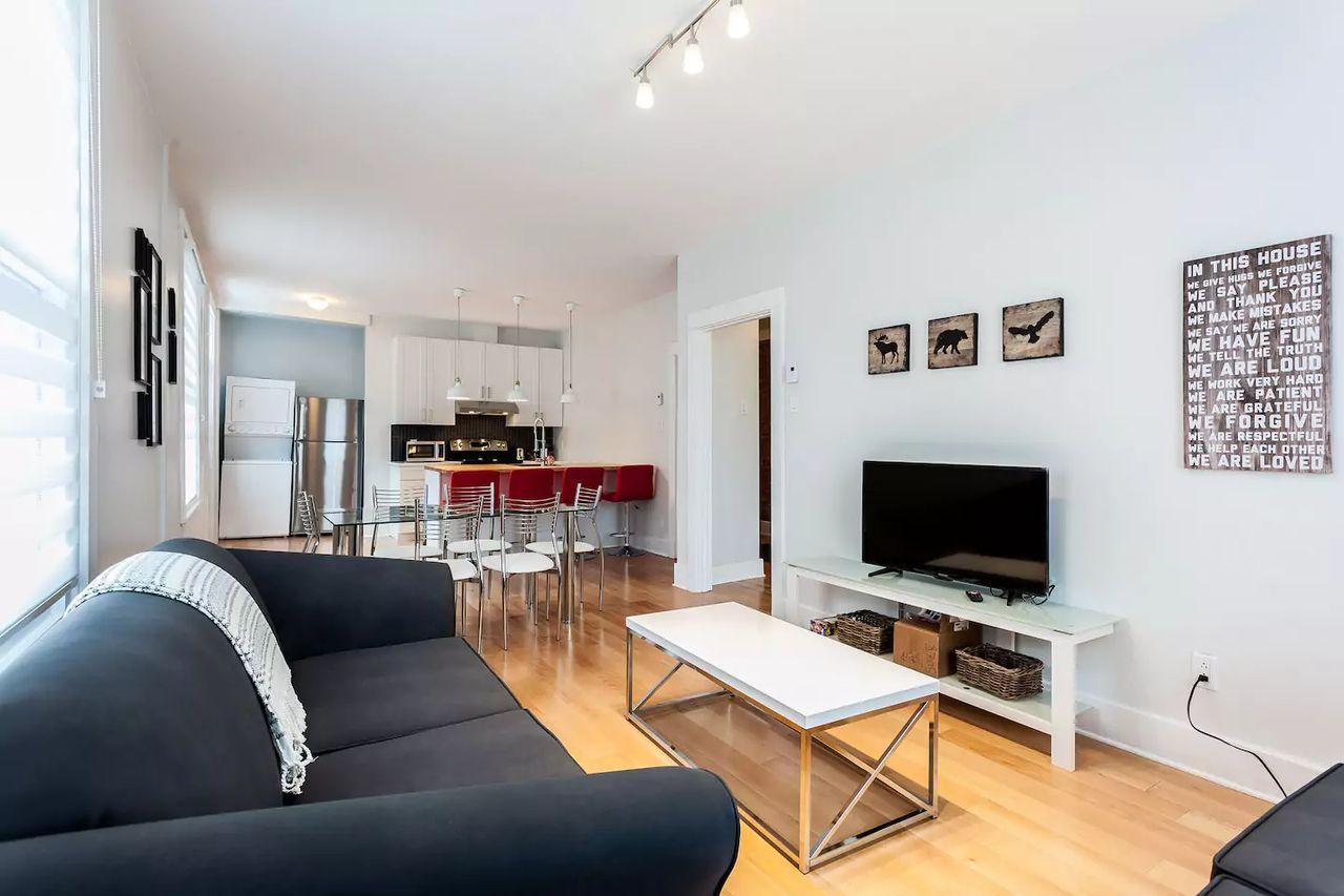 1fab42da2c 1441 Avenue Van Horne · Apartment for Rent. Montréal Apartments·Outremont  Apartments