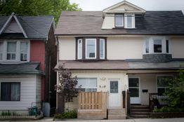 Jones Ave Amp Dundas St E Toronto On M4m 2z8 2 Bedroom