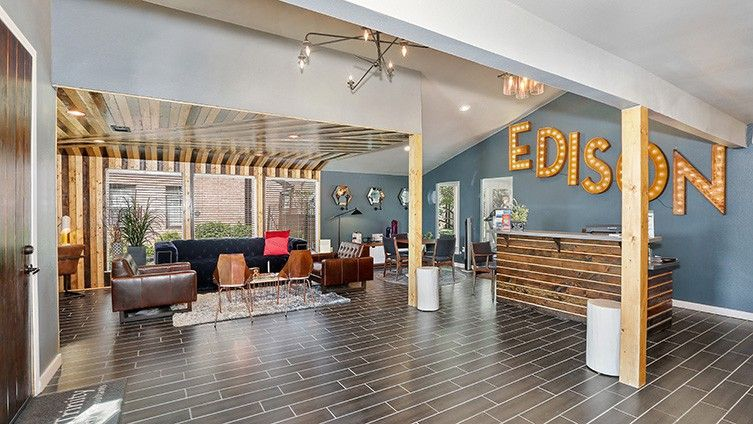 The Edison Apartments For Rent 11770 Westheimer Rd