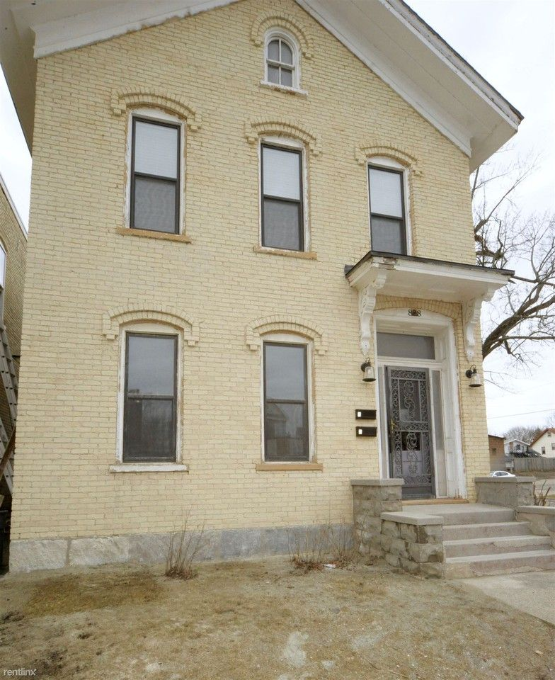 828 Bridge St NW Apartments For Rent In SWAN, Grand Rapids