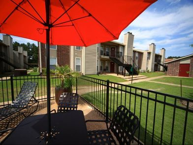 Oakbrook Apartments For Rent 6675 Old Canton Road