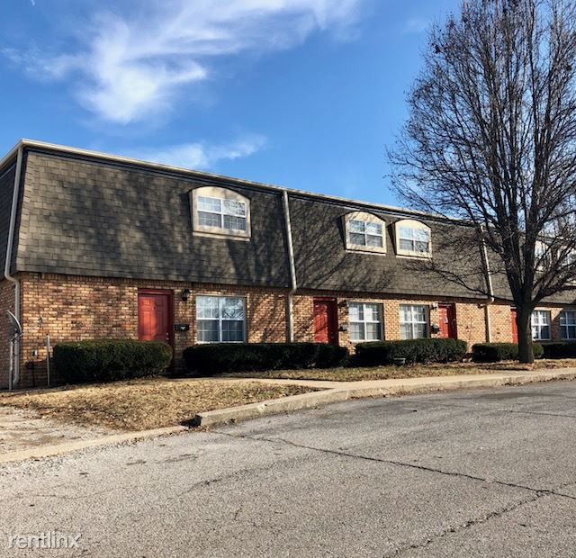 675 Camelot Dr #11, Collinsville, IL 62234 1 Bedroom
