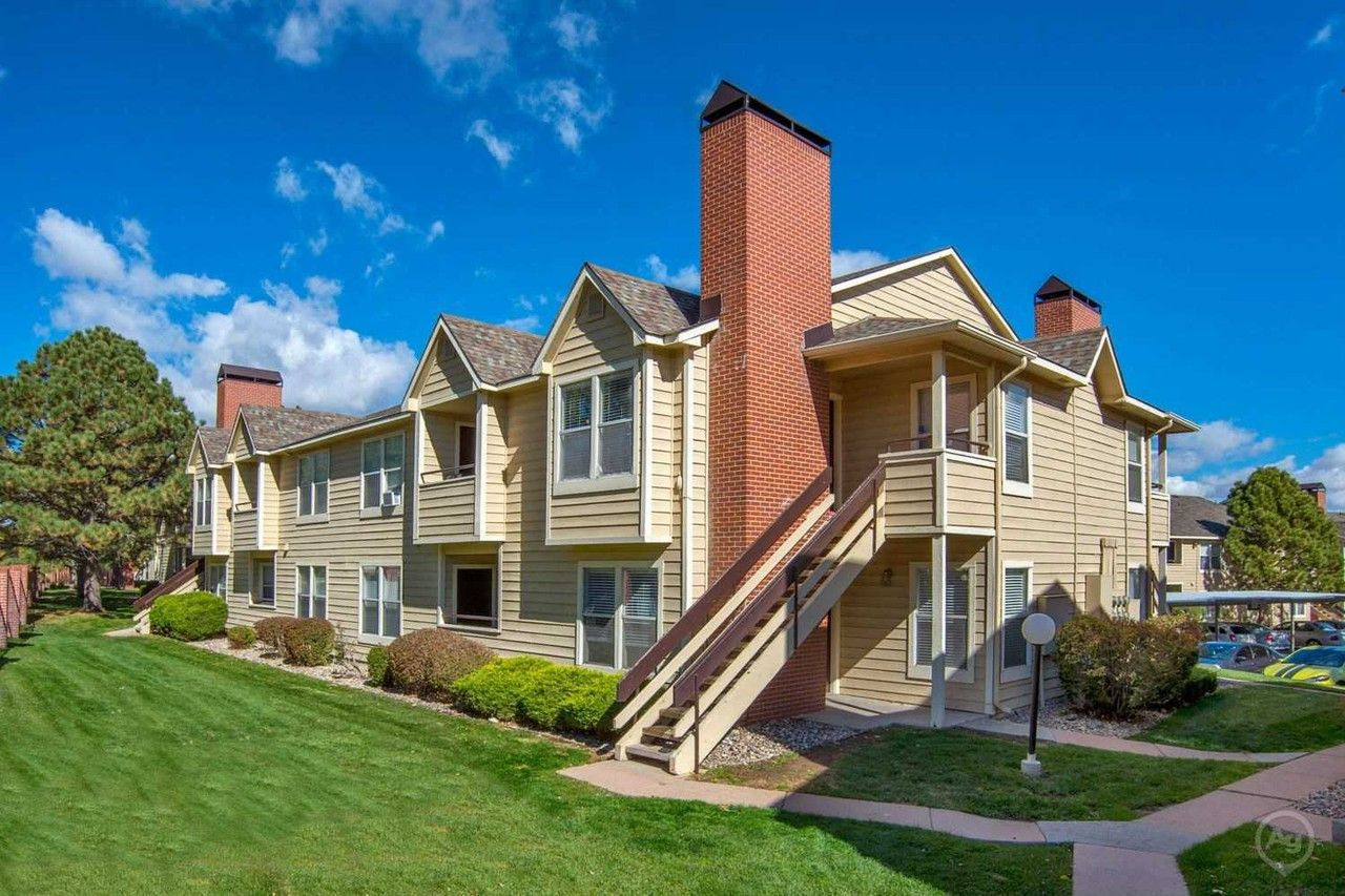 Cheyenne Crossing Apartments For Rent 640 Wycliffe Dr