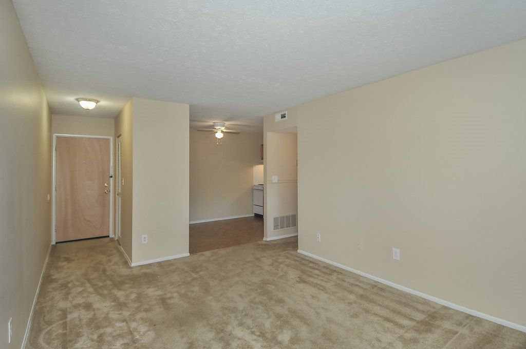136 Lawson Lane Louisville Ky 40214 1 Bedroom Apartment