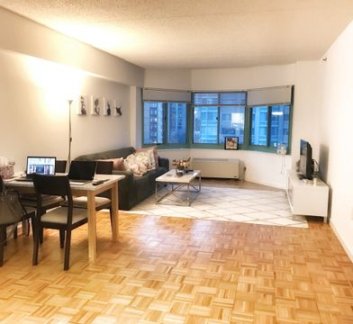 1 River Court Jersey City Nj 07310 1 Bedroom Apartment For Rent For 2 575 Month Zumper