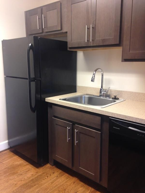 Gainesville Luxury Designer Home: Clarendon Court Apartments For Rent