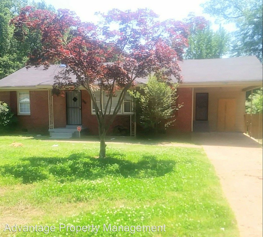 Apartments In Memphis Tn Near Poplar Ave: 1797 Woodburn Dr, Memphis, TN 38127 3 Bedroom House For