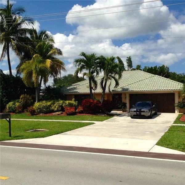 651 SW 18th St, Boca Raton, FL 33486 3 Bedroom Apartment