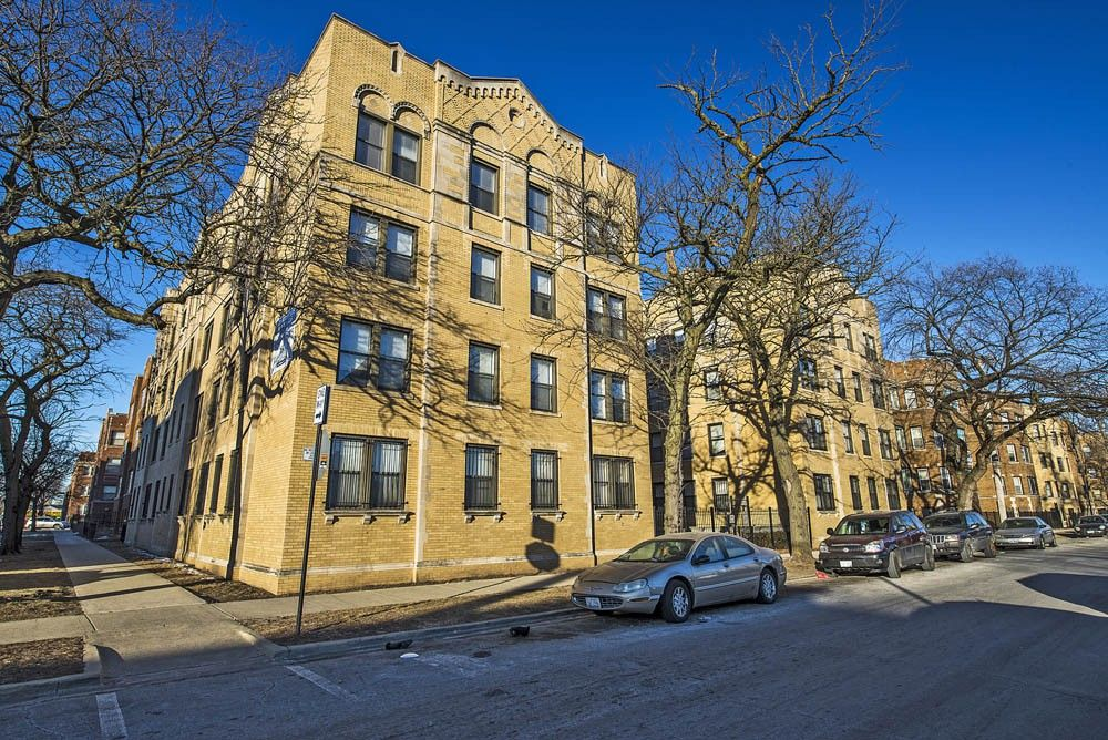 1734 E 72nd St Apartments For Rent In South Shore Chicago