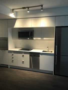 Ten York 10 York St Toronto On M5j 2l9 Apartment For Rent