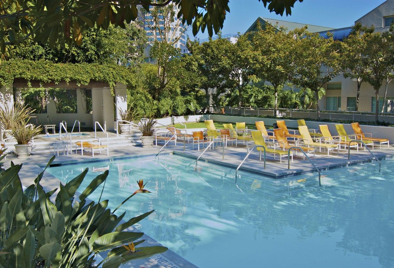 The Met Apartments for Rent - 950 S Flower St, Los Angeles ...