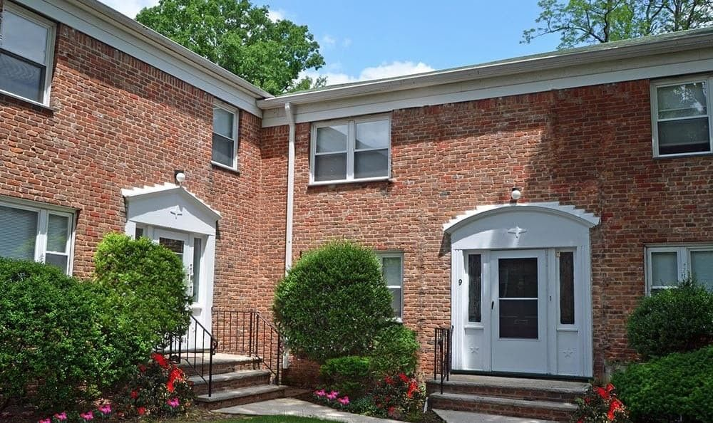 Short Hills Club Village Apartments For Rent 45 Forest