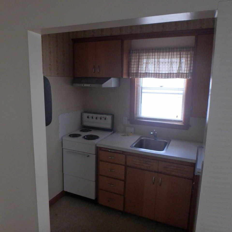 Studio Apartment For Rent Zetland: 3, Lewiston, ME 04240 Studio Apartment