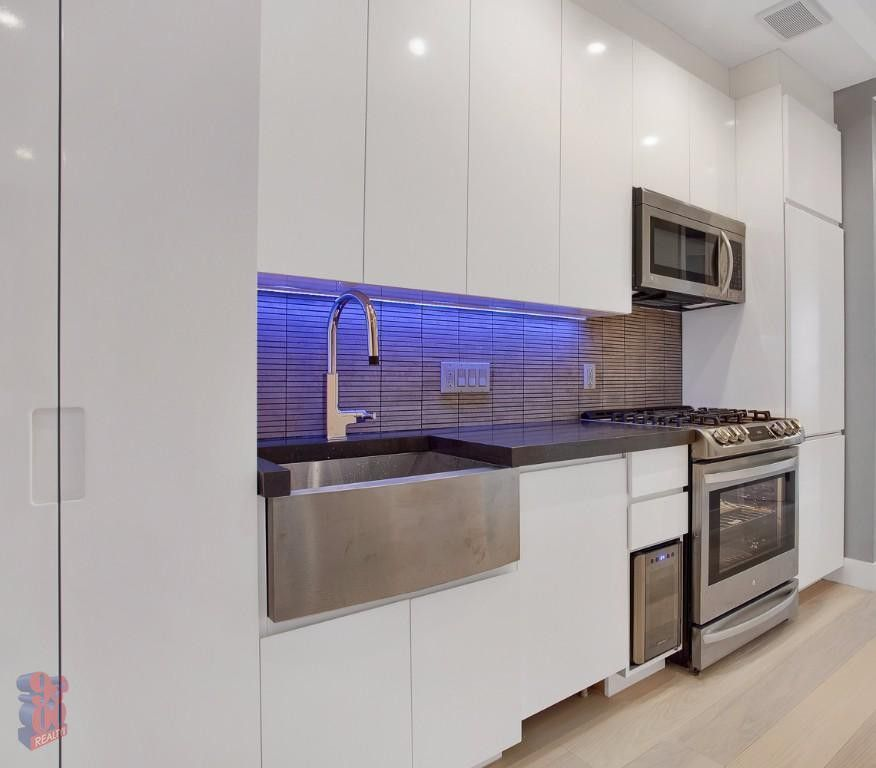 Updated Apartments For Rent: 195 Stanton St #5F, New York, NY 10002 2 Bedroom Apartment