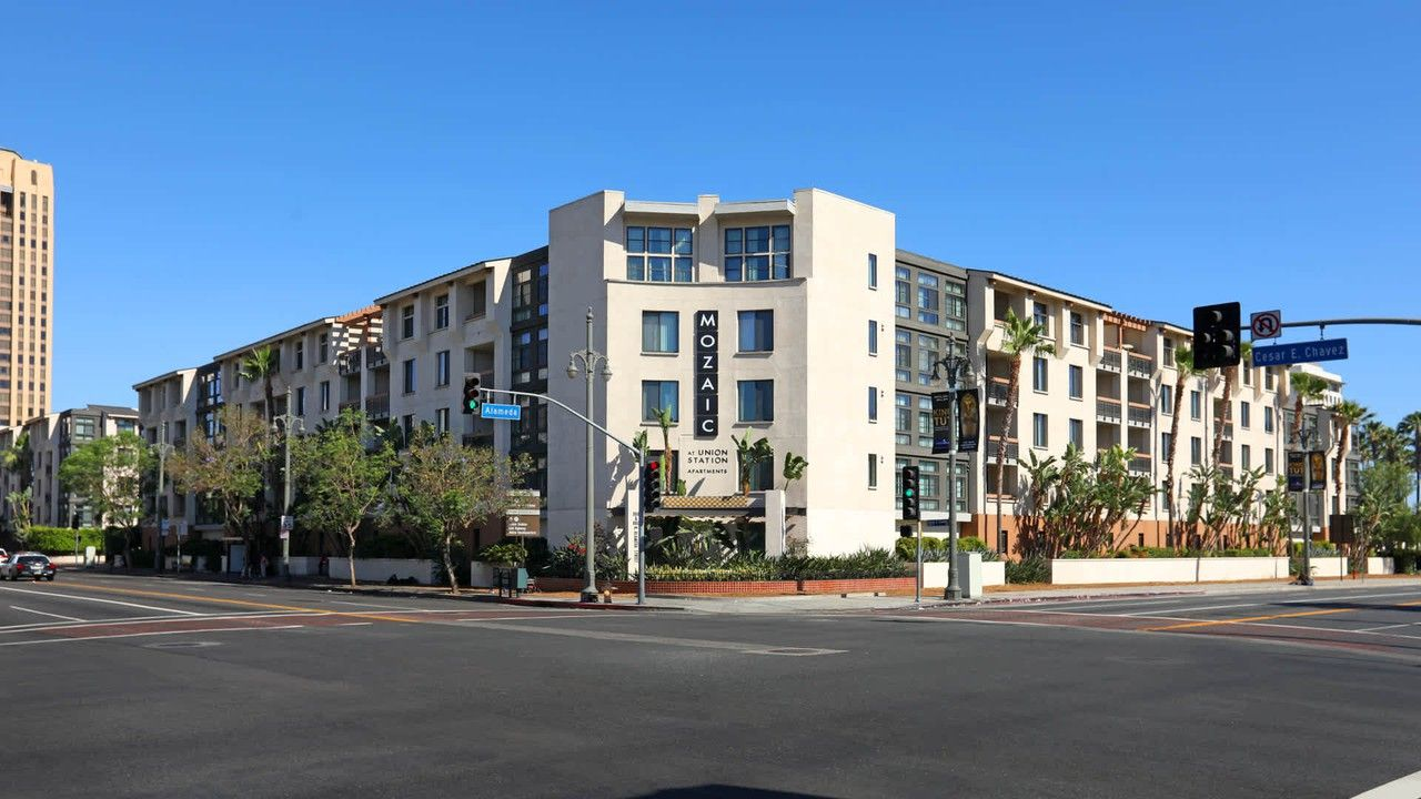 Mozaic at Union Station Apartments for Rent - 888 North ...