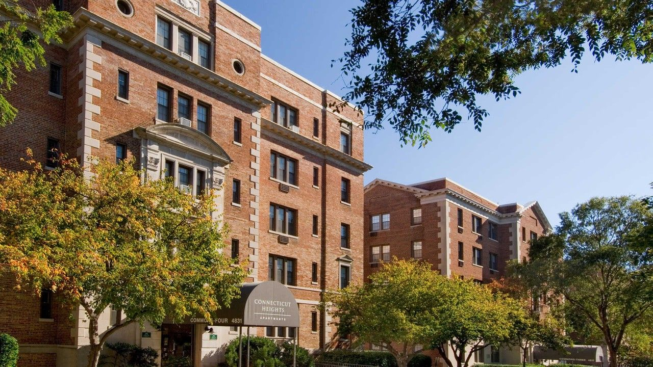 Connecticut Heights Apartments for Rent - 4850 Connecticut ...
