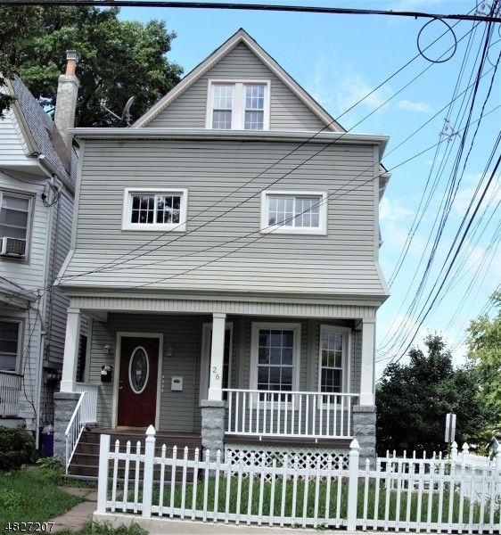 Cheap Apartments Near Journal Square: 26 Ella St #3, Bloomfield, NJ 07003 1 Bedroom House For