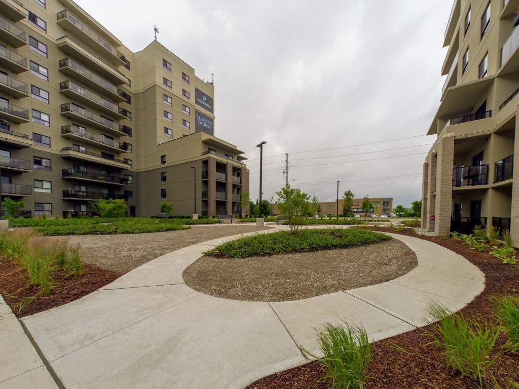 Paisley Square - 996 Paisley Rd, Guelph, ON N1K 0A6 ...